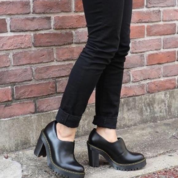 Dr. Martens Cordelia Gusset Slip-On Shoe TRzou